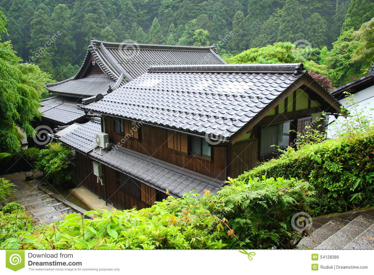 paper window of old japanese samurai house stock photos - image ... - Haus Japan