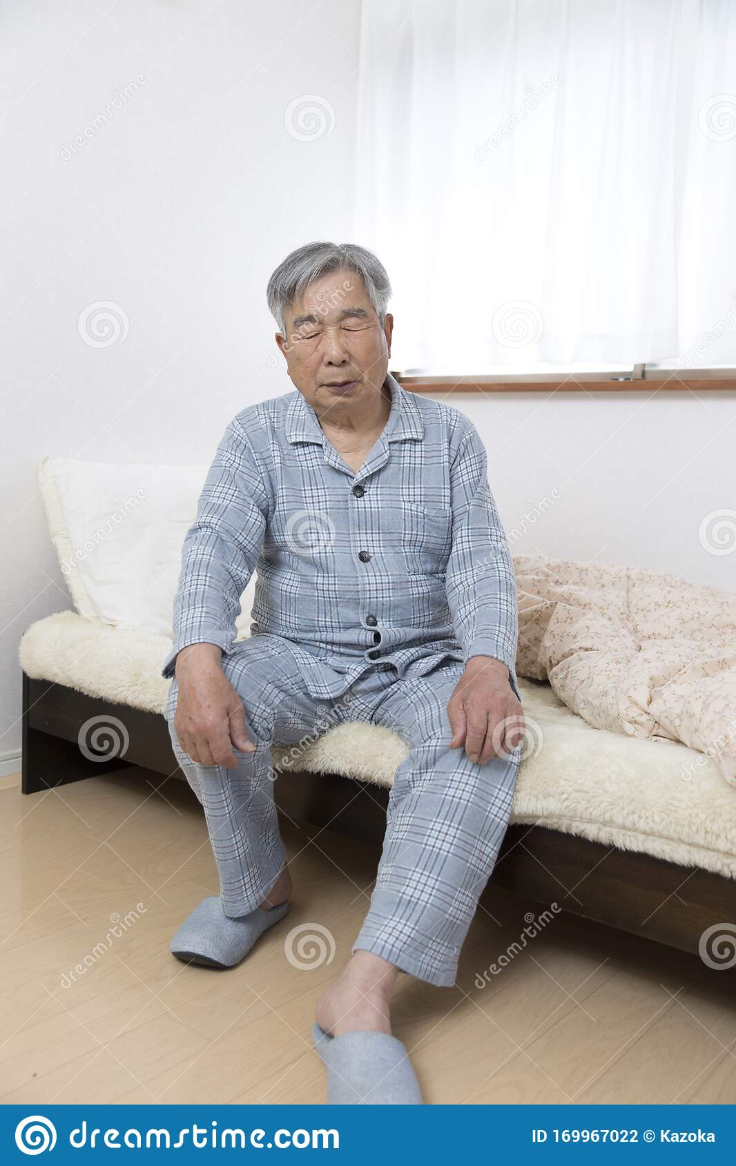 Japanese Old Man Who Can Not Get Tired Even After Getting Up In Bed Stock Photo Image Of Health Pain 169967022