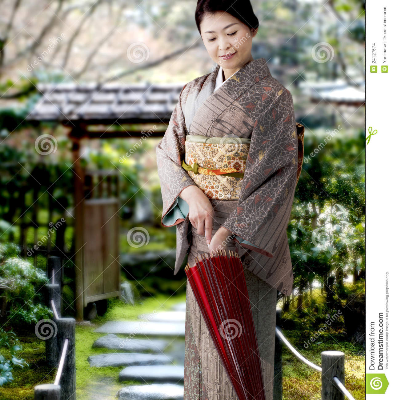 japanese girl wearing kimono - photo #27