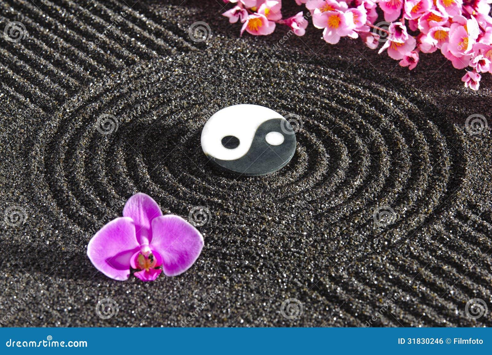 Japanese zen garden with yin and yang royalty free stock for Fond ecran zen