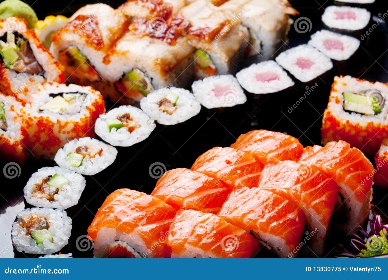 Japanische Sushirollen.
