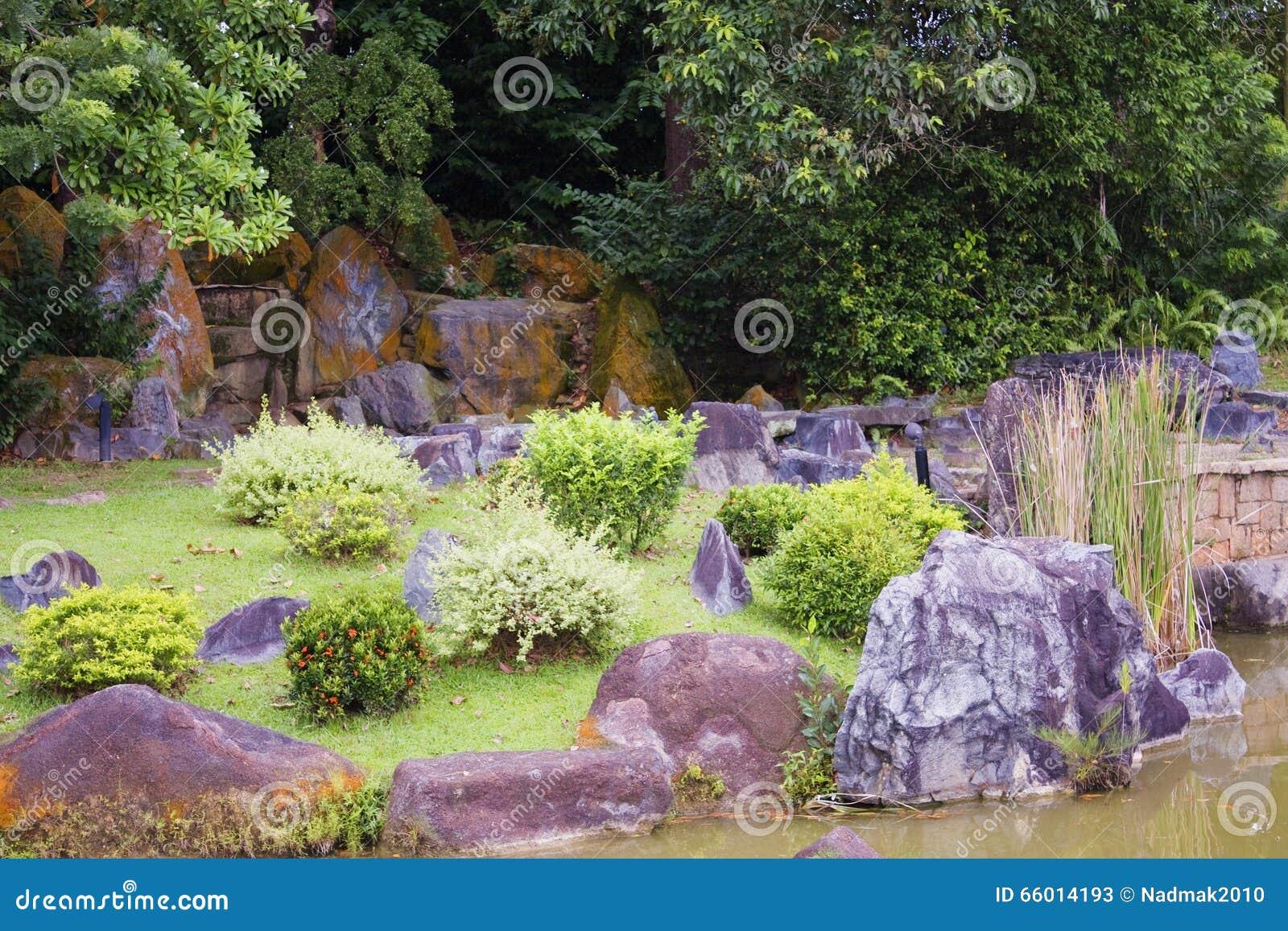 Rotsblokken Voor Tuin : Tuin rotsen kleine rots tuintjes die we allemaal wel in onze tuin