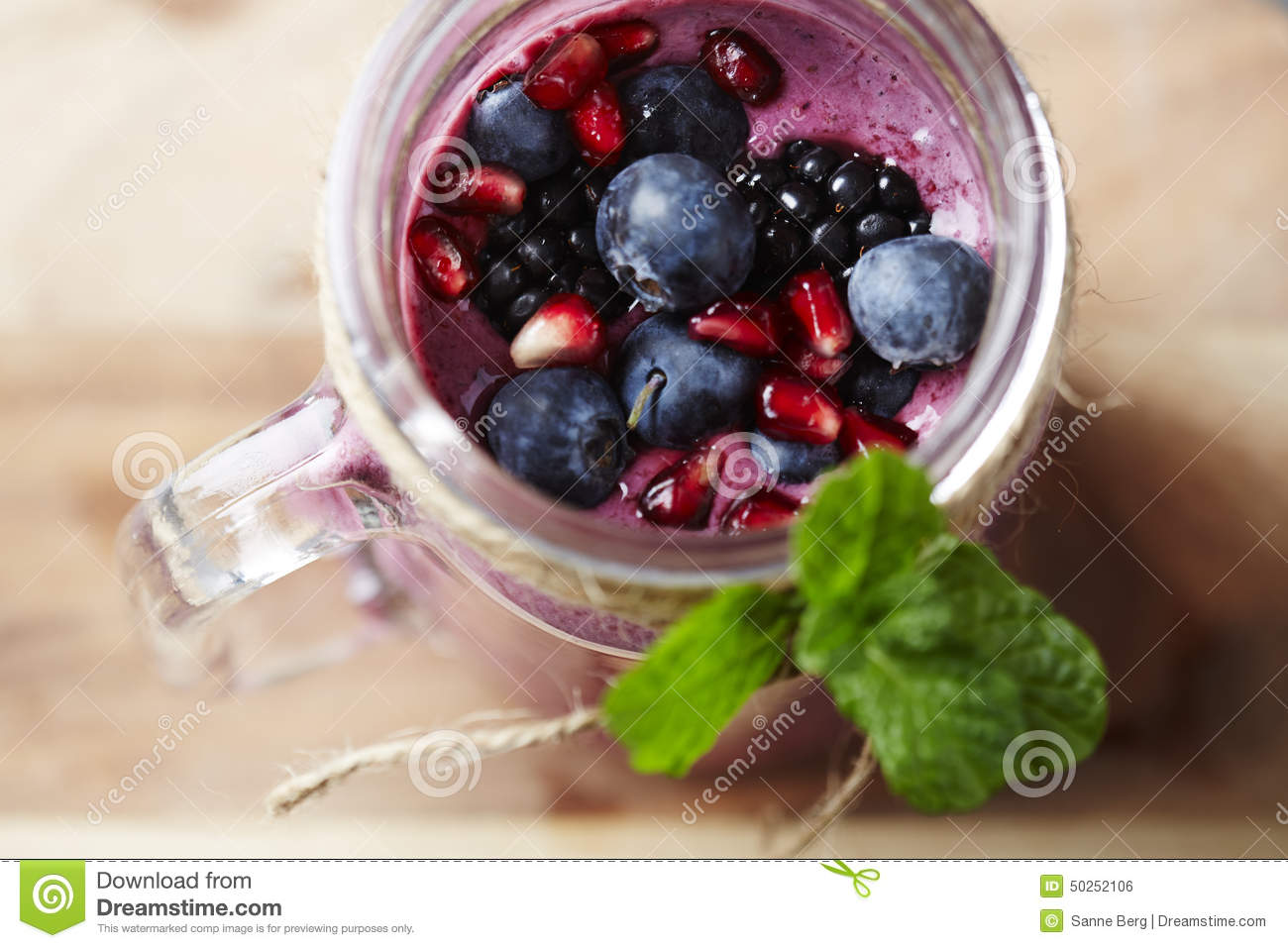 how to make homemade fruit smoothies