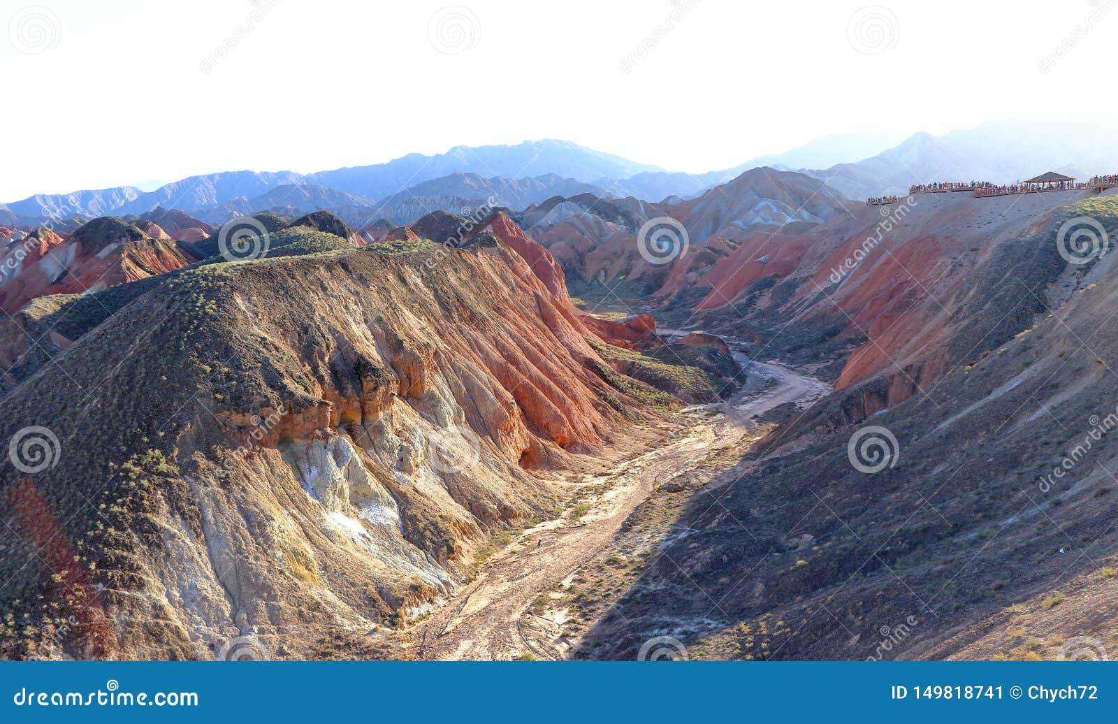 Jar w tęcz górach, Zhangye Danxia Landform Geological park, Gansu, Chiny
