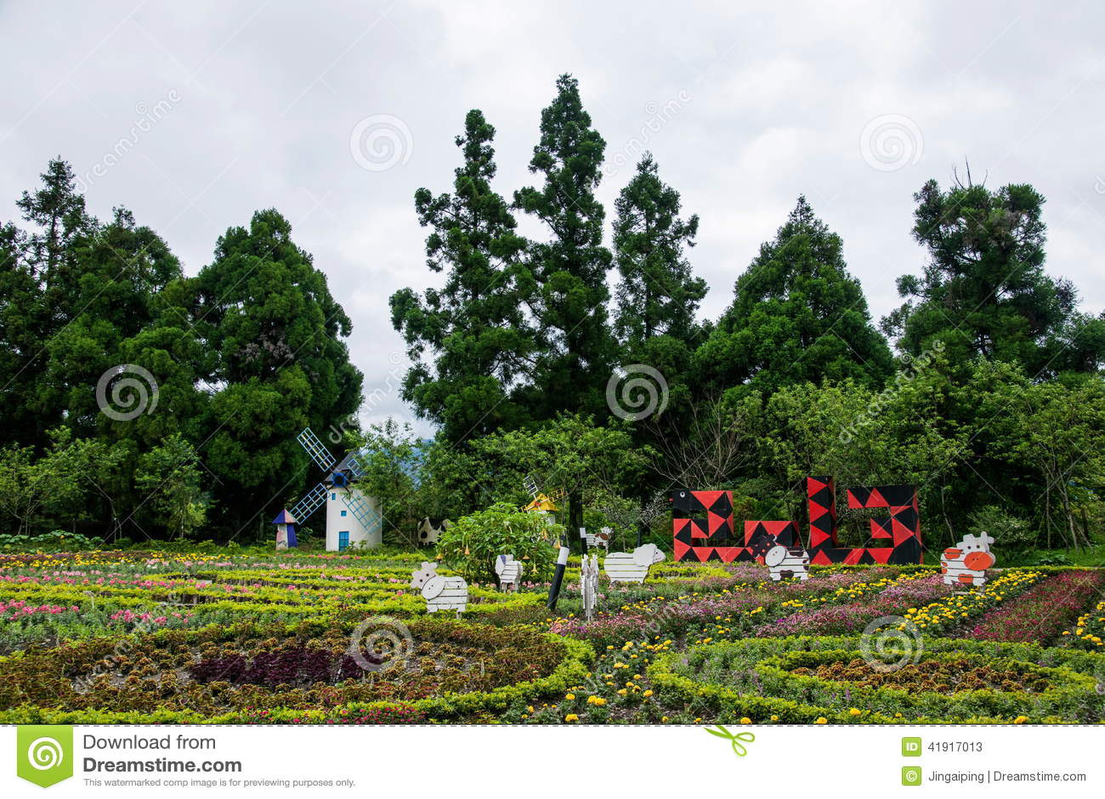 Jardín suizo de la granja del condado de Nantou, Taiwán Cingjing pequeño