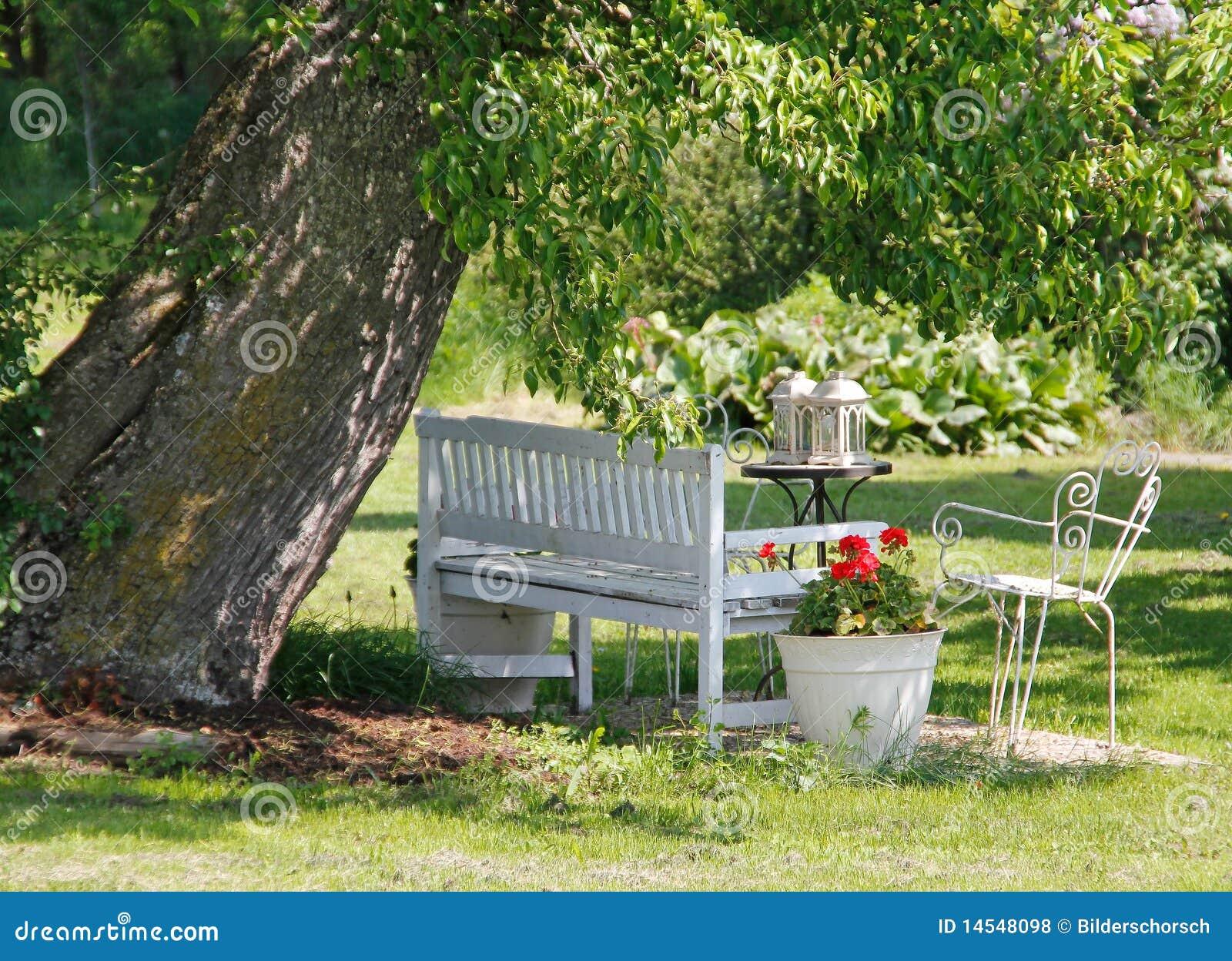 Jardimbanco Fotos de Stock Royalty Free  Imagem 14548098
