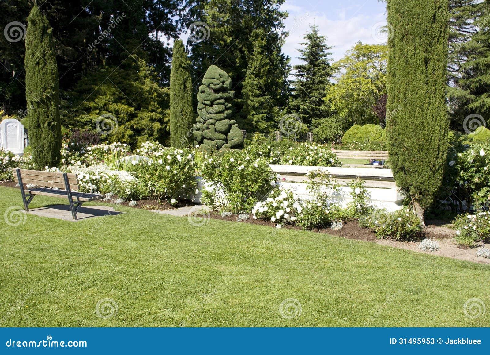 imagens jardim de rosas:Jardim de rosas com projetos bonitos no jardim zoológico do parque da