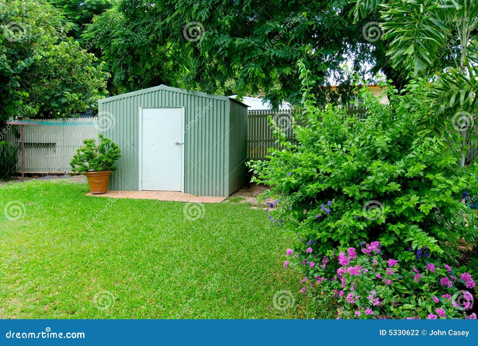 Jardim Do Quintal Fotografia de Stock - Imagem: 5330622