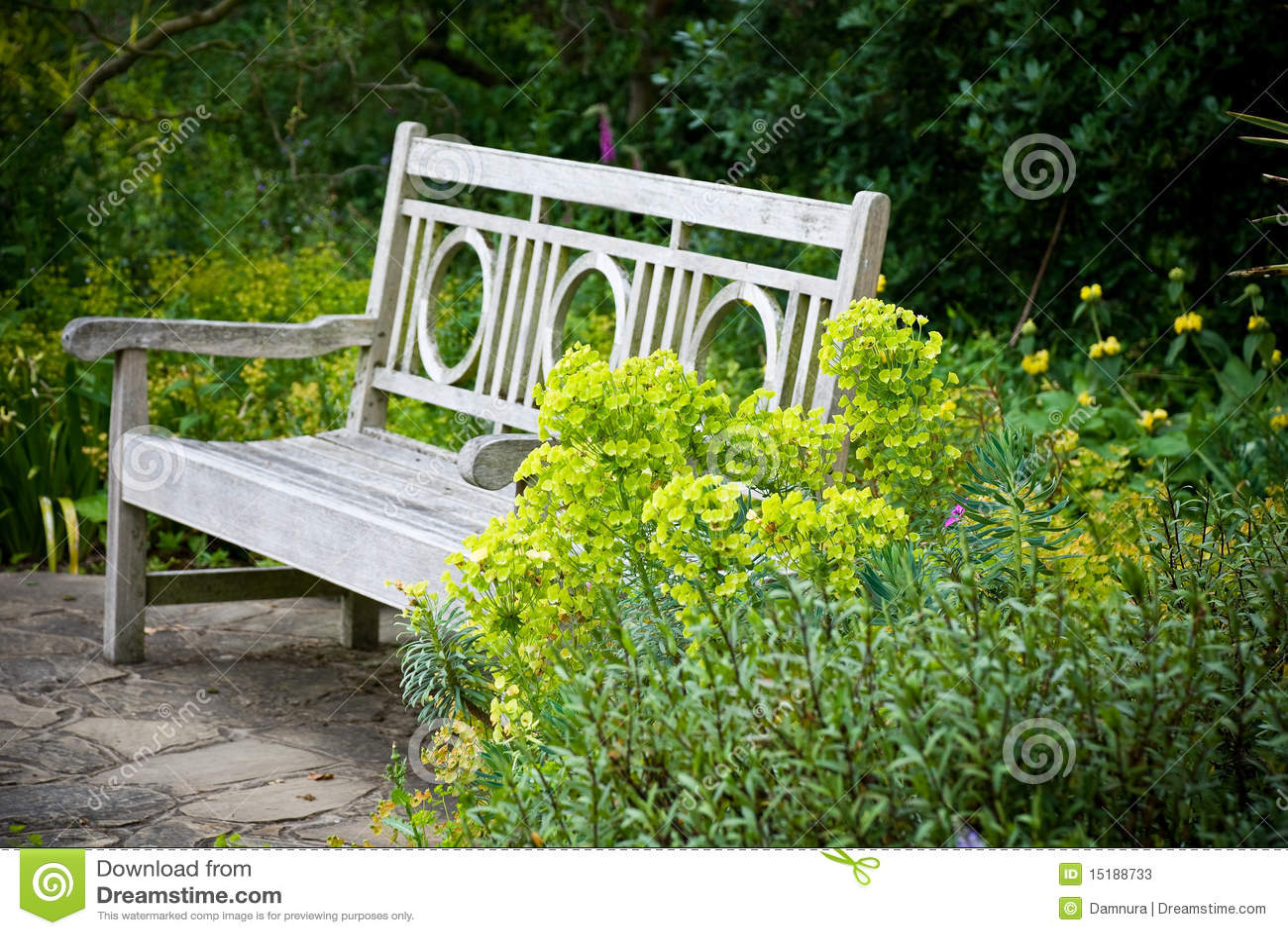 fotos jardim secreto:Secret Garden Benches