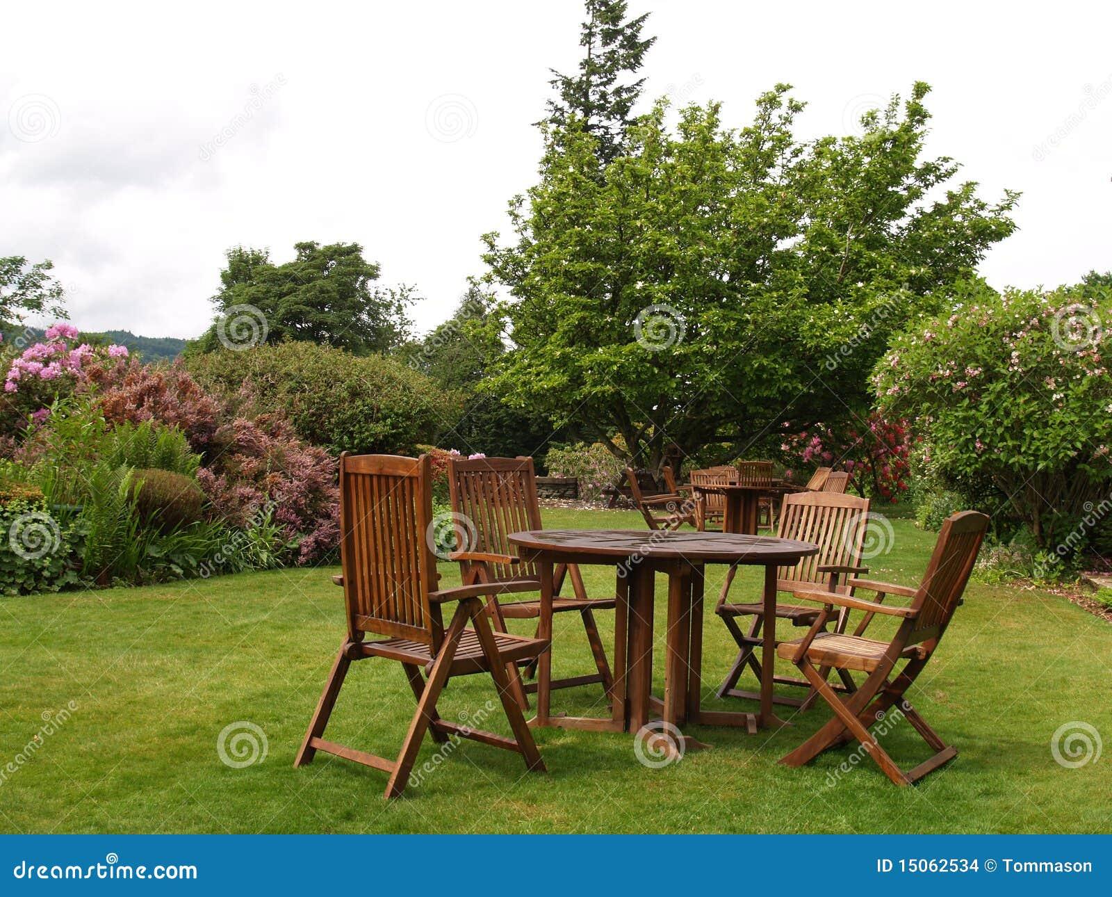Jardin anglais images stock image 15062534 for Conception jardin anglais