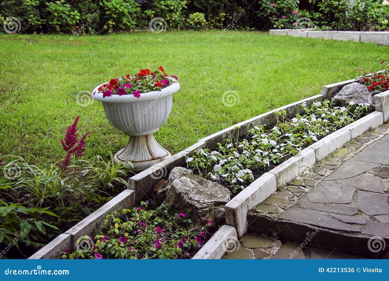 Amenagement Jardin Avec Pierres - Fashion Designs