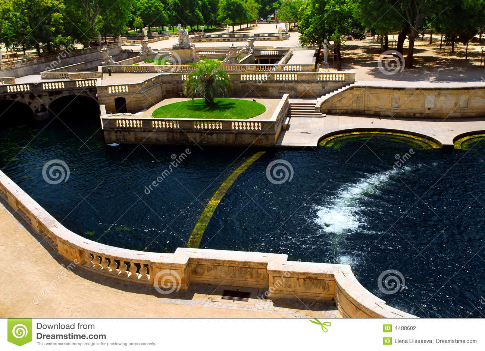 jardin de la fontaine in nimes france stock photography image 4488602. Black Bedroom Furniture Sets. Home Design Ideas