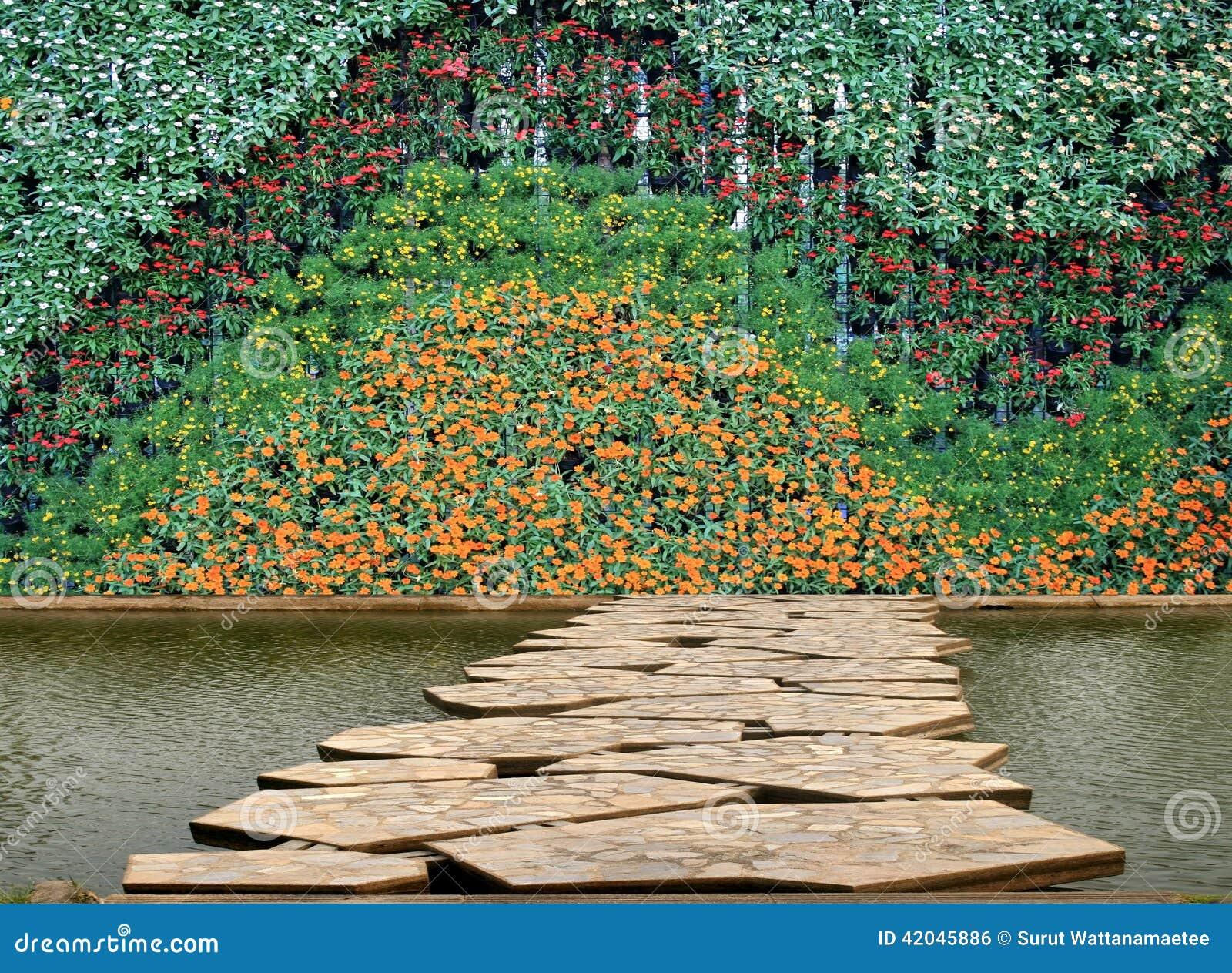 jardin de verticale de mur de fleur et de plante photo. Black Bedroom Furniture Sets. Home Design Ideas