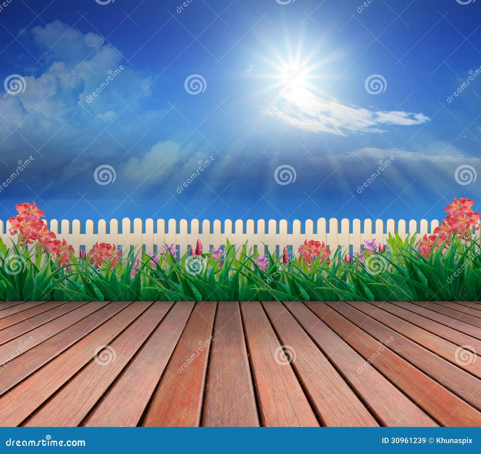 Jardin En Bois De Terrasse Et De Fleurs Avec Le Ciel Bleu Et Le Soleil Ci-dessus Illustration ...