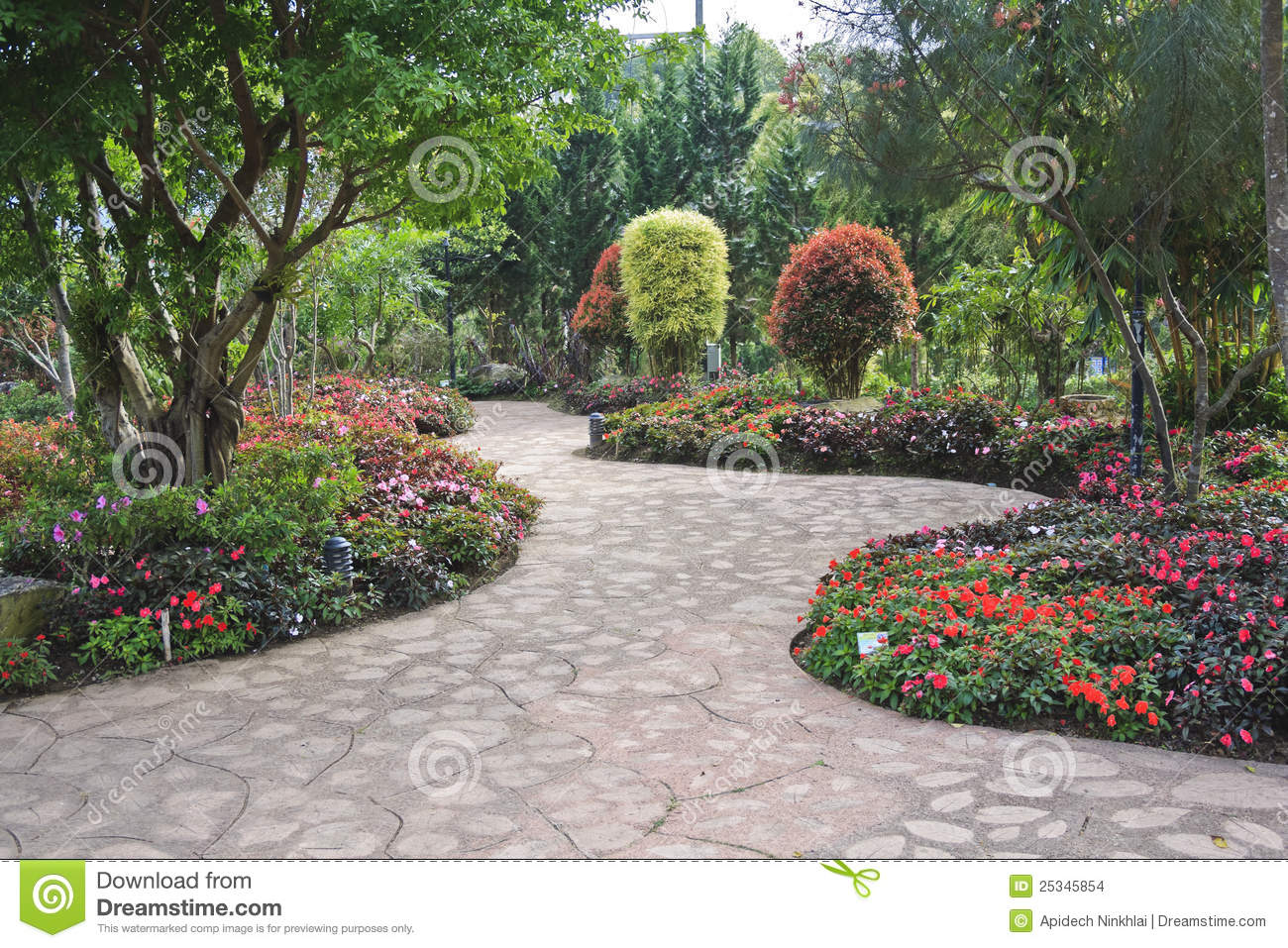 Jardin fleuri de conception images stock image 25345854 for Conception de jardin 3d
