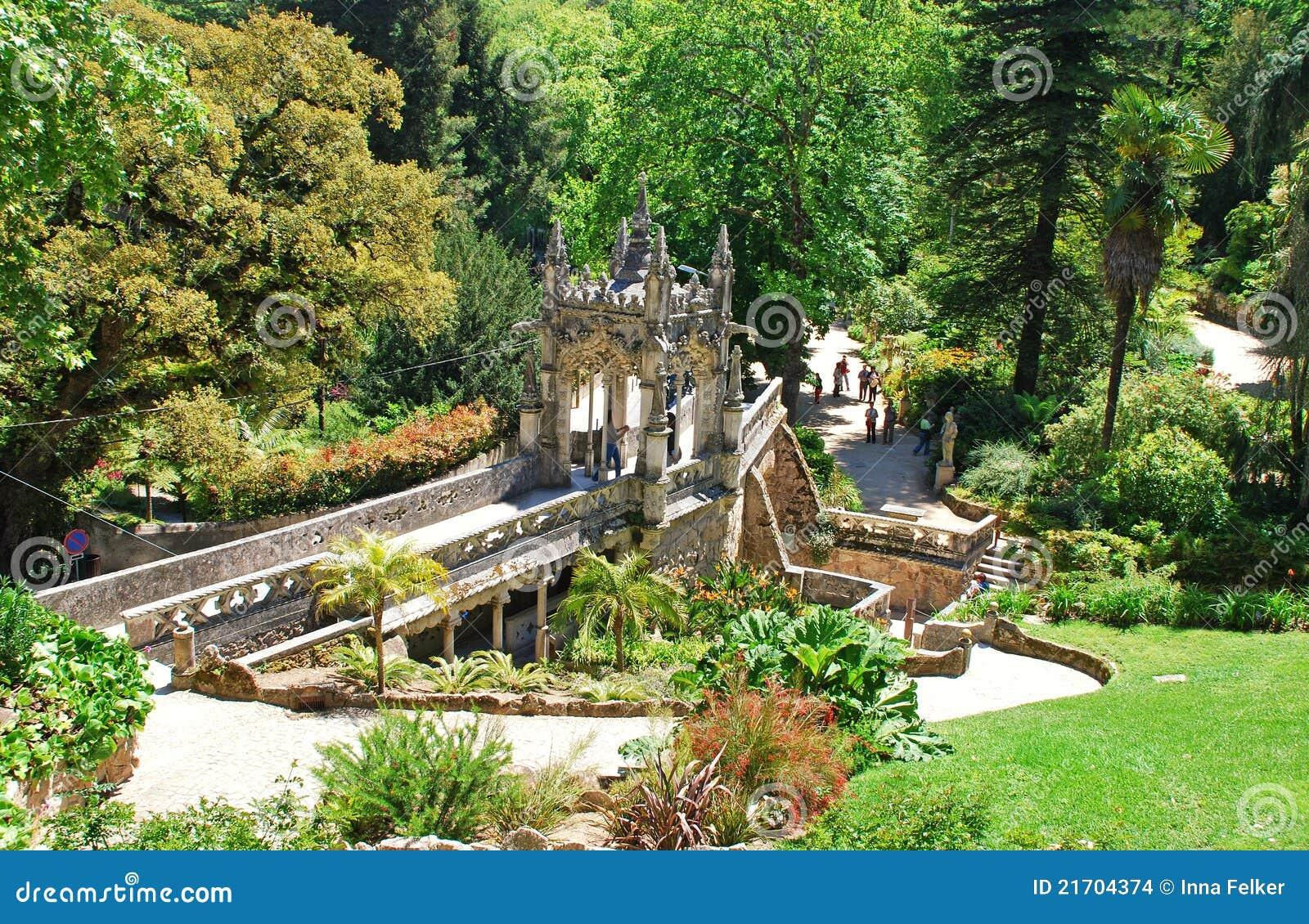 Jardin majestueux sintra portugal images stock image for Jardin a sintra hermes