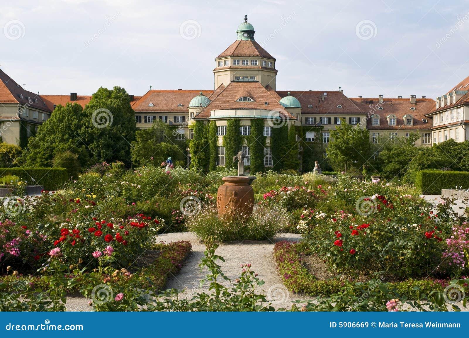 Jardin munich botanique image stock image du encadr for Bal des citrouilles jardin botanique