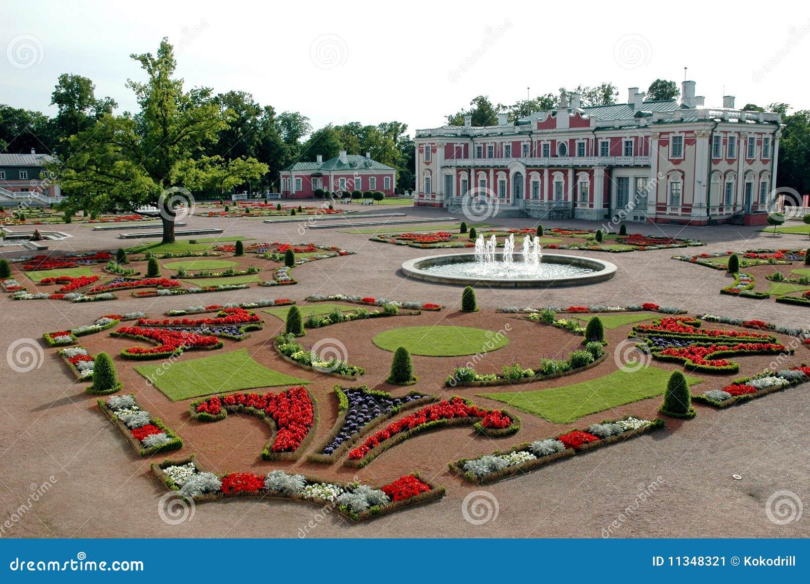 Jardin oriental avec le ch teau image stock image 11348321 for Le jardin oriental