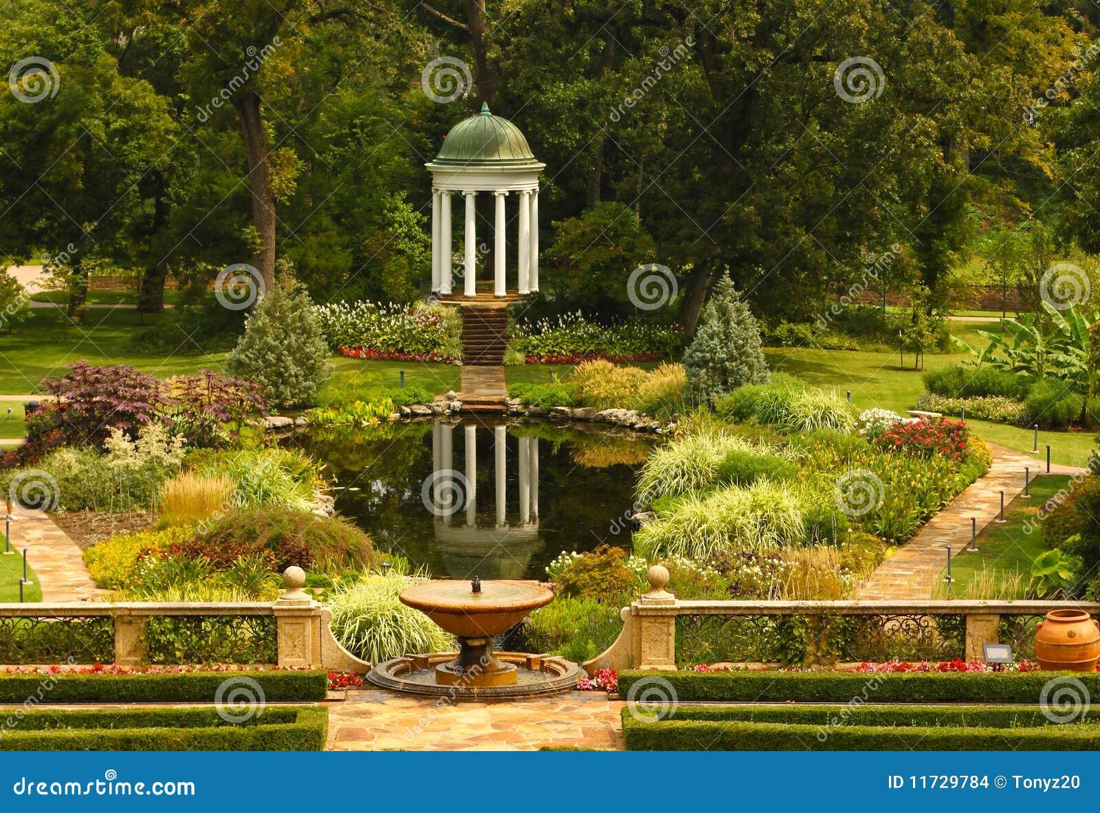 Jardines adornados imagenes de archivo imagen 11729784 for Jardines espectaculares