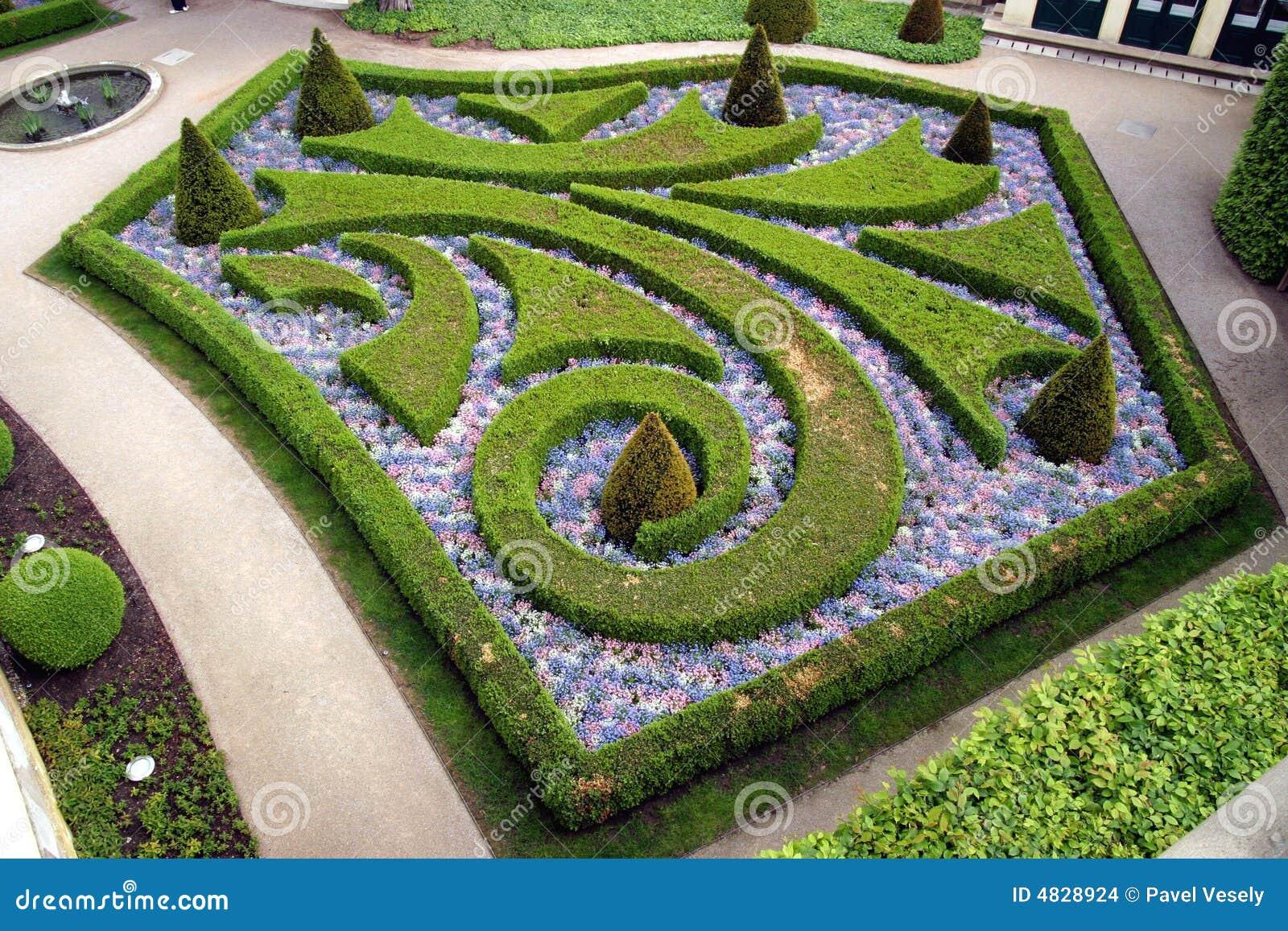 Jardines franceses en praga foto de archivo imagen 4828924 for Jardin frances