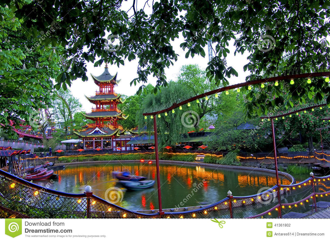 Jardins de tivoli photo stock image 41361802 for Camping le jardin de tivoli