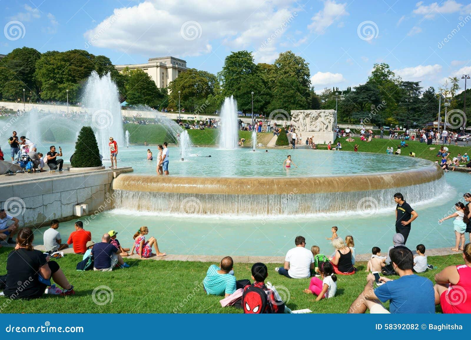 Jardins paris de trocadero das fontes fotografia editorial imagem 58392082 - Jardin exotique de roscoff paris ...
