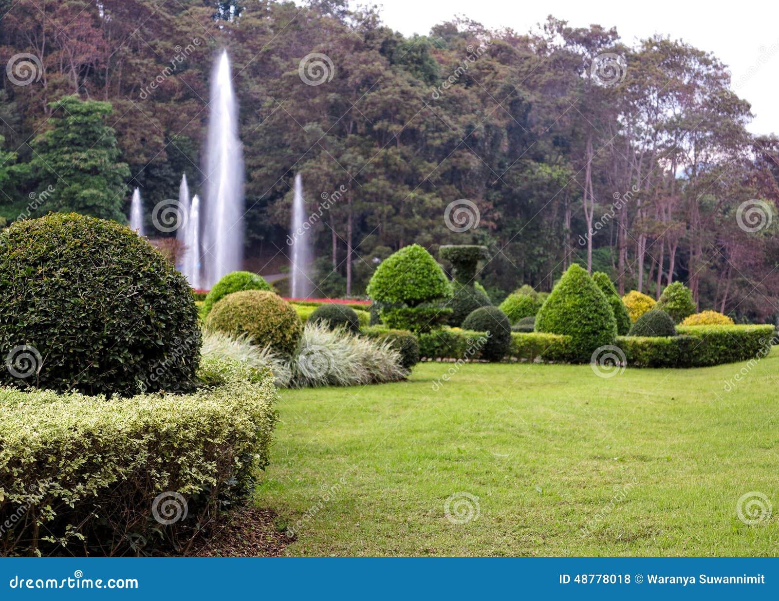 Jard n hermoso del paisaje florido del dise o foto de - Diseno de paisajes y jardines ...