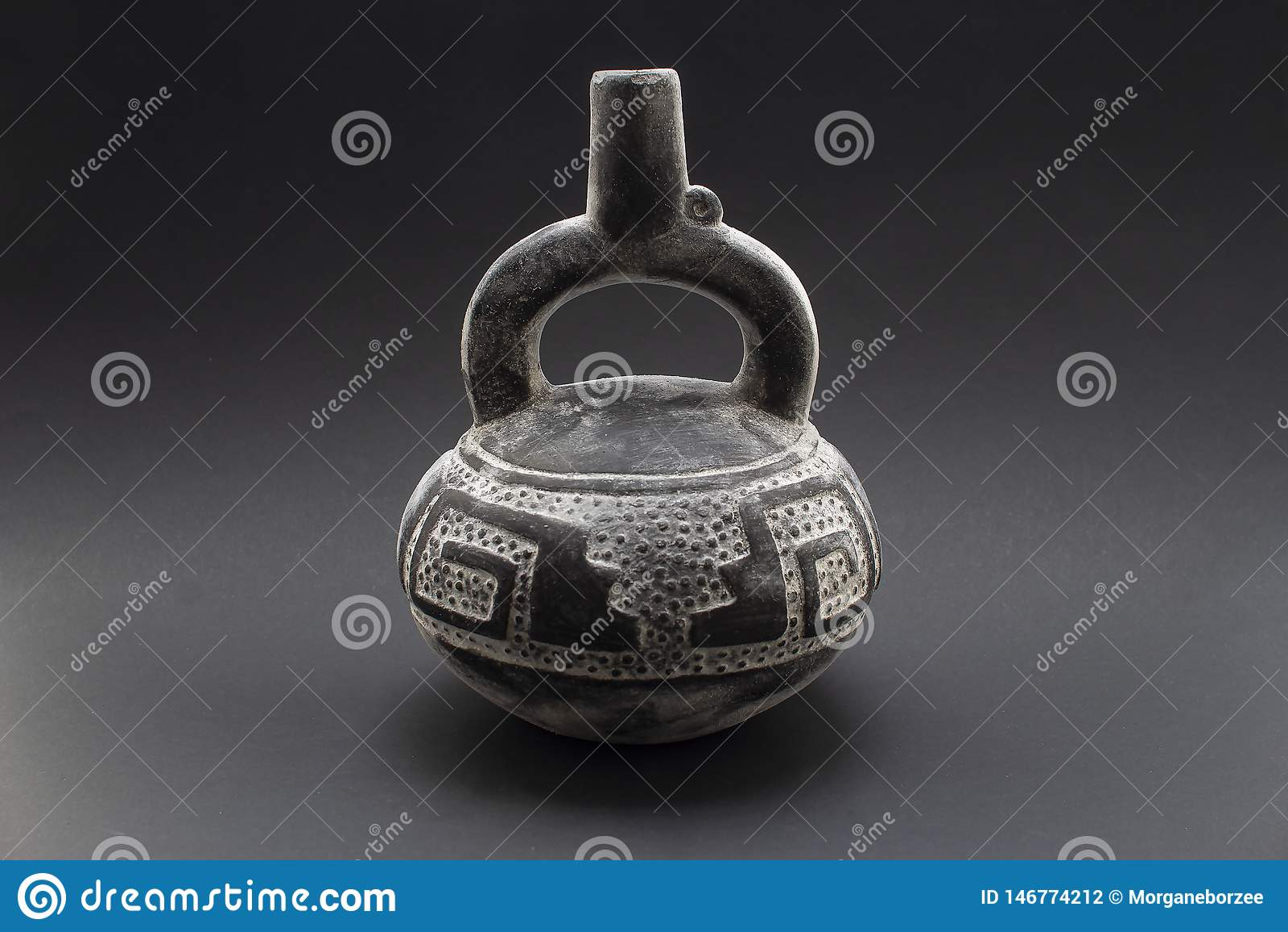 Jarra de cerámica precolombina o 'Huaco 'de Chimu