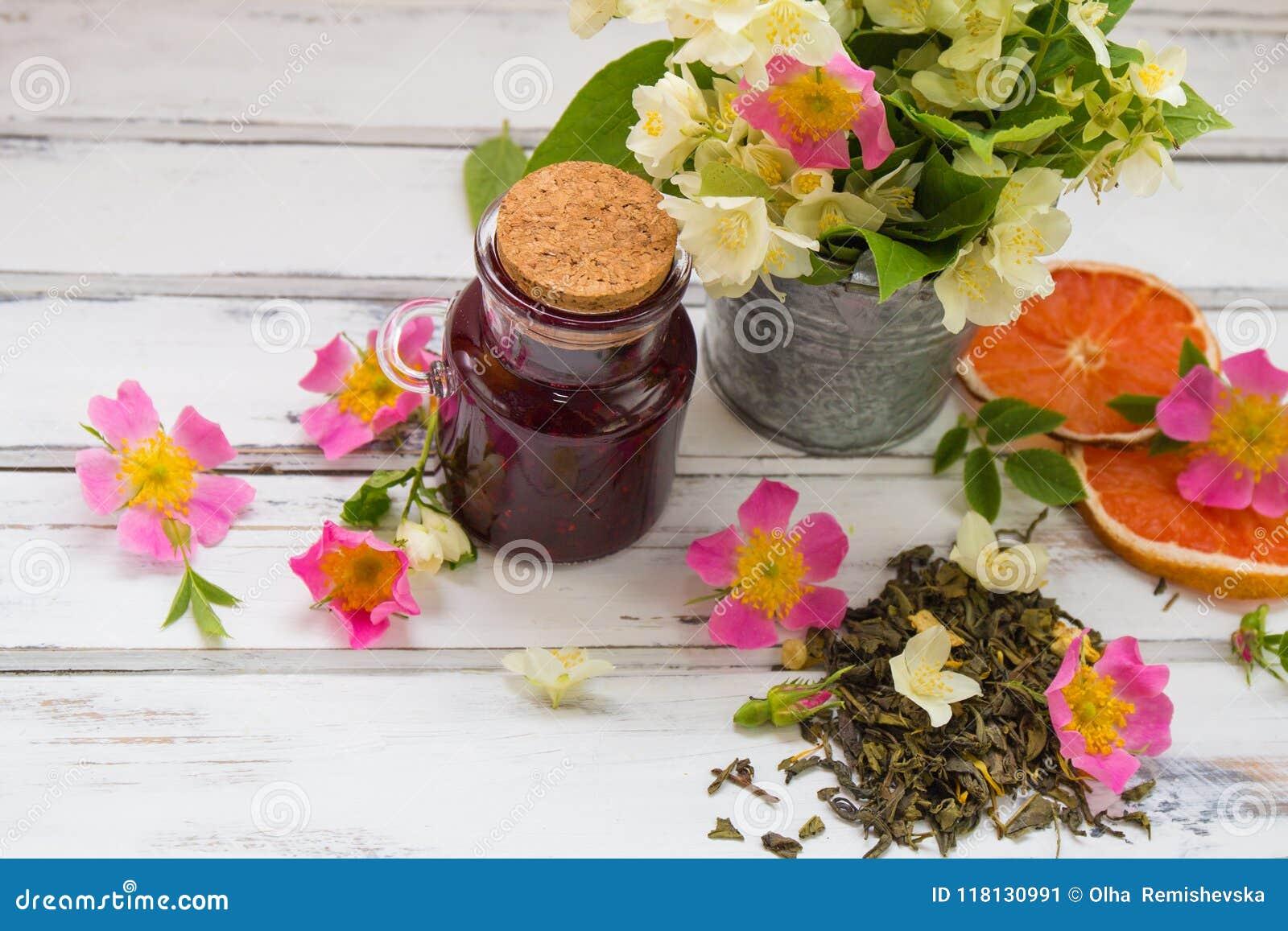 Jasmine Dry Green Tea Leaves With Jasmine Flowers With Flowers Of