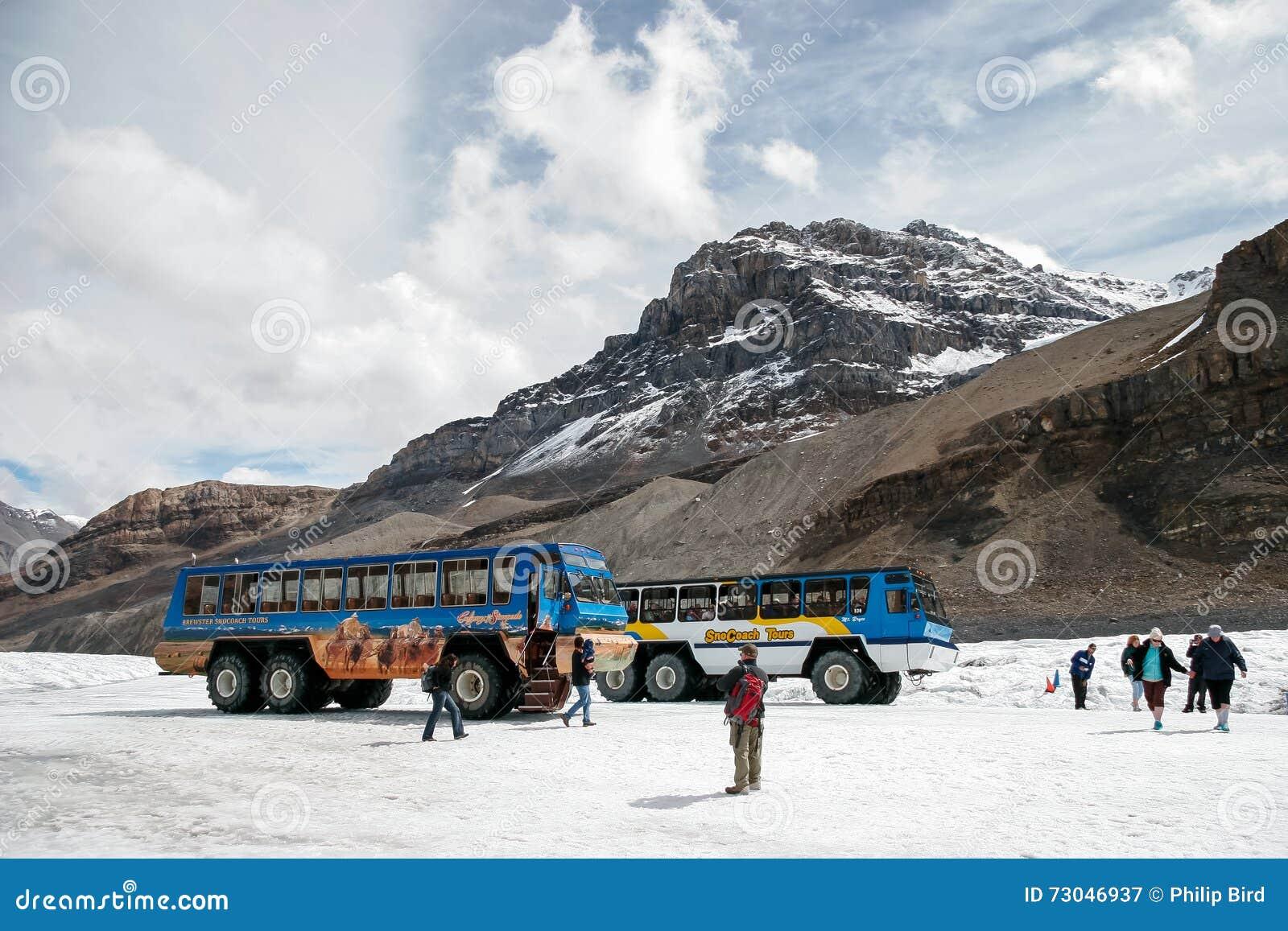 JASPIS, ALBERTA/CANADA - 9. AUGUST: Schneezüge geparkt auf dem A