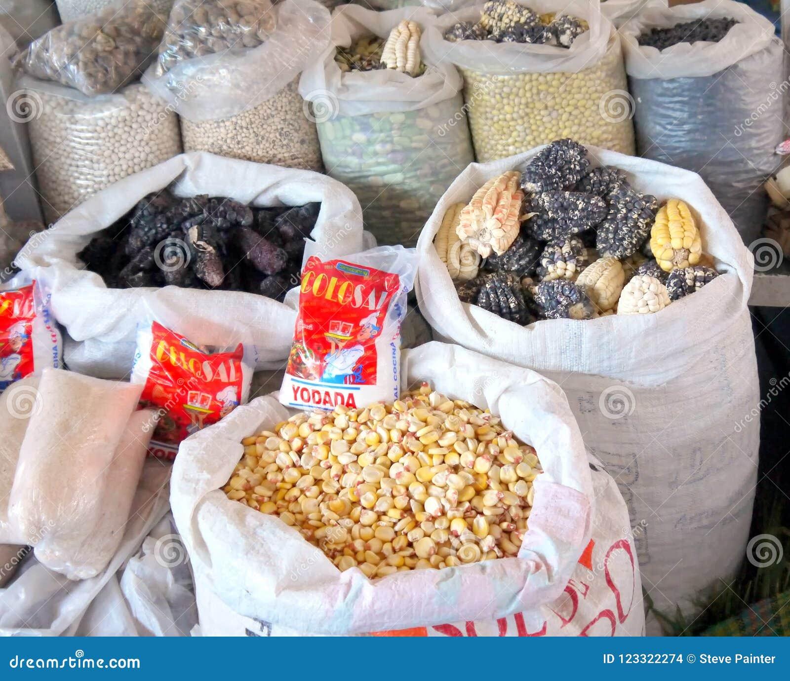 Jawny rynek, Cusco, Peru/2nd Wrzesień 2013/Two ess