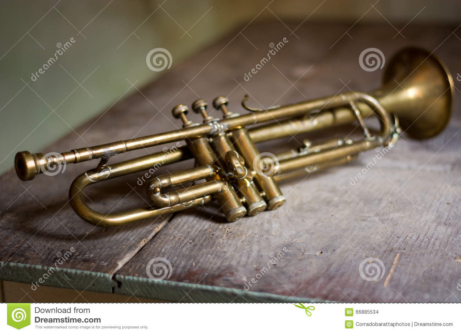 Jazz Trumpet Stock Pho...