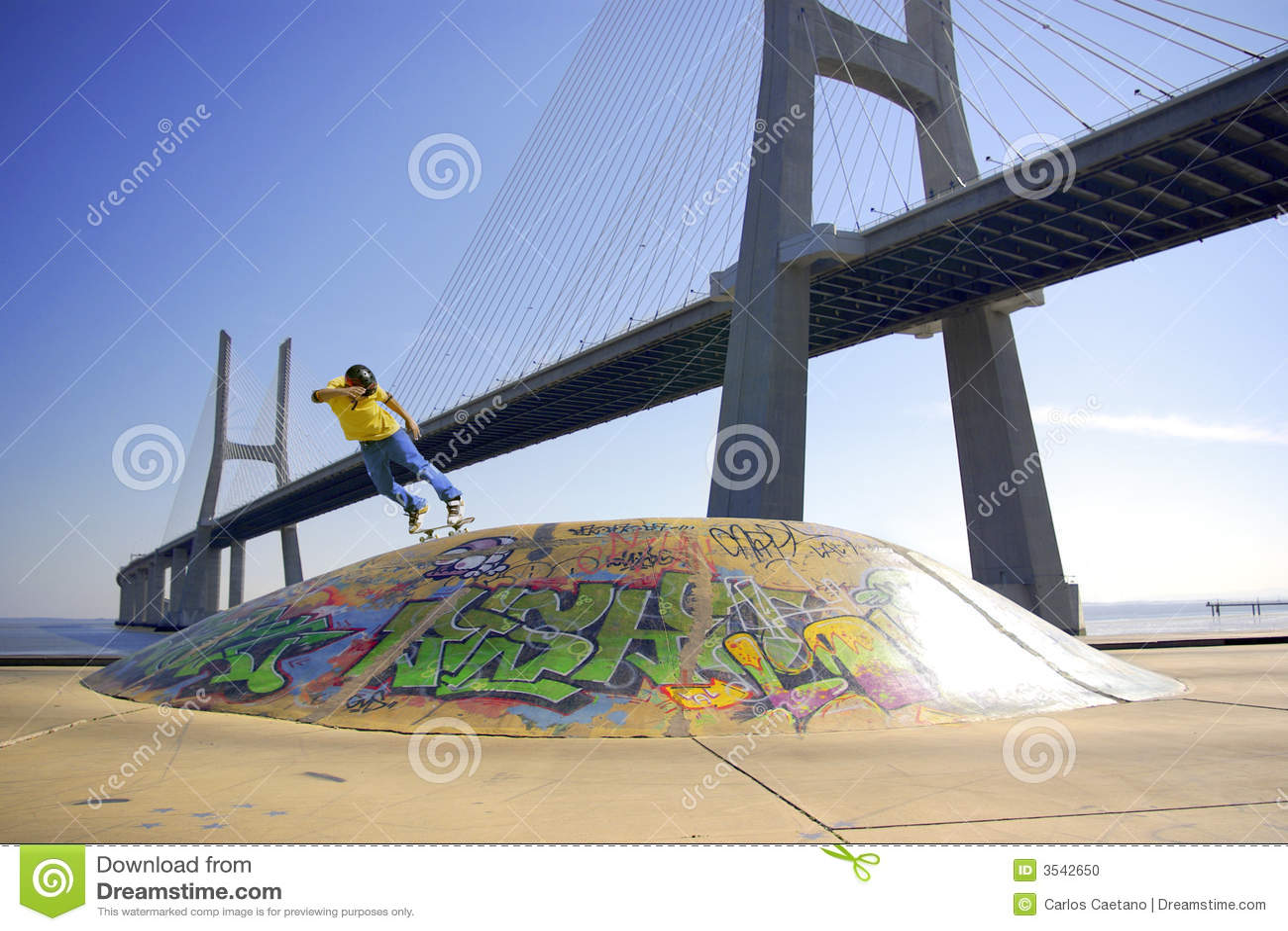 Jeździć bridge