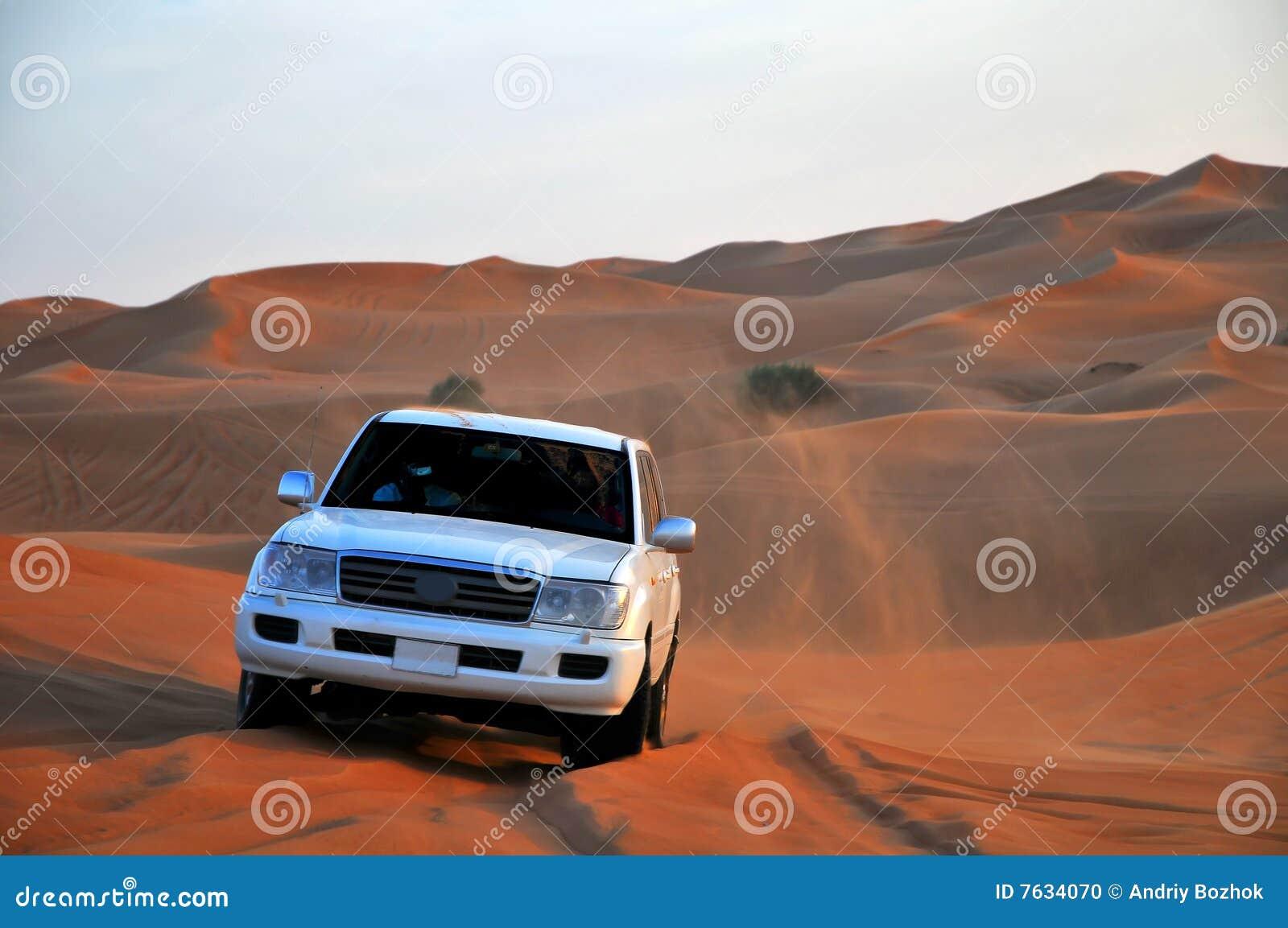 Jeep en dunas
