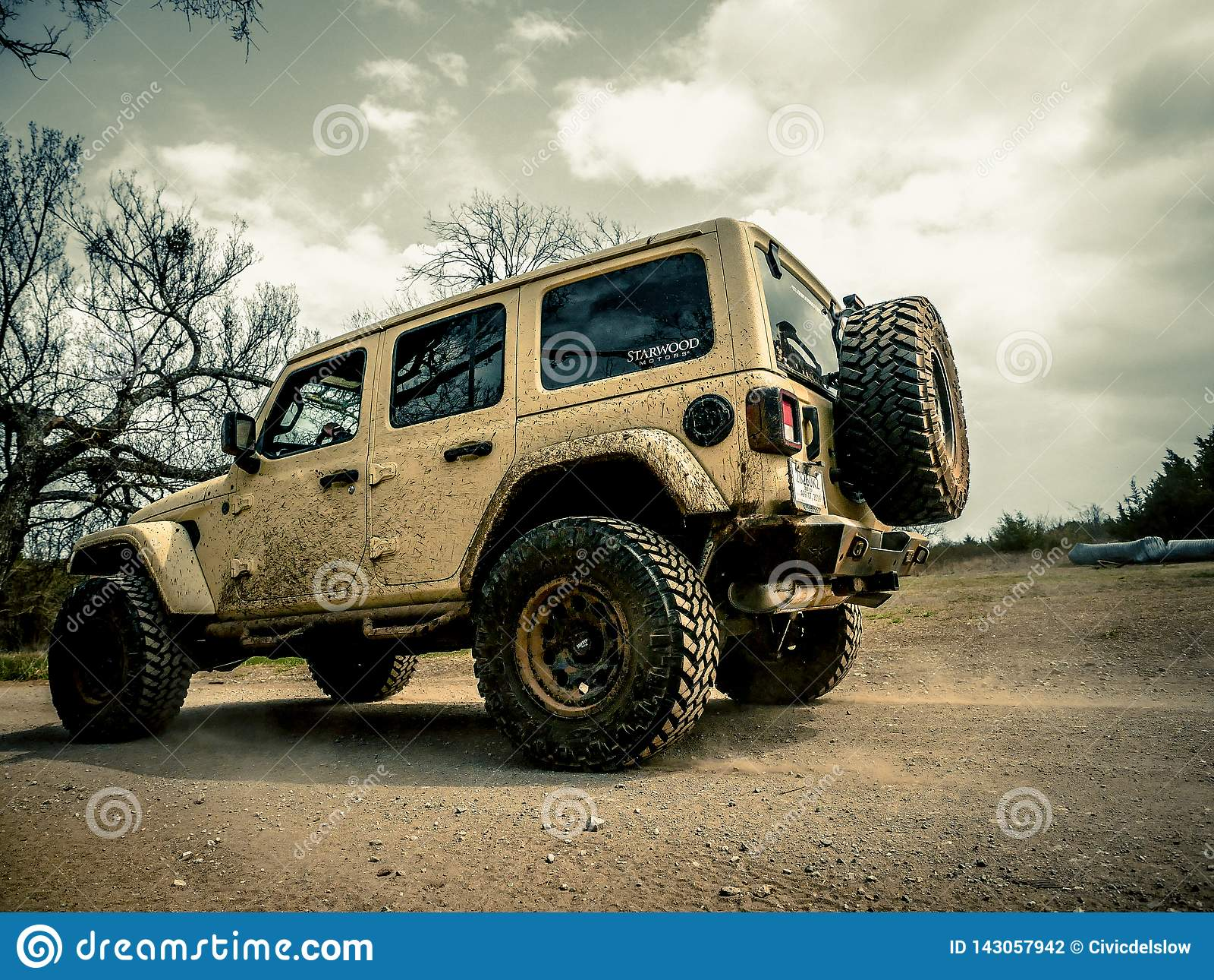 Jeep Rock Crawling orange