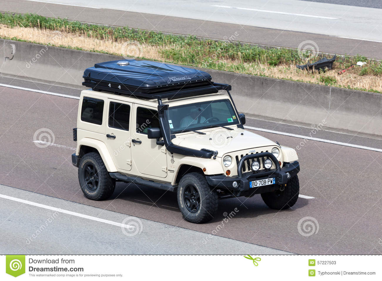 box germany highway jeep roof sahara tent ... & Jeep Wrangler Unlimited Sahara With A Roof Tent Editorial Stock ... memphite.com