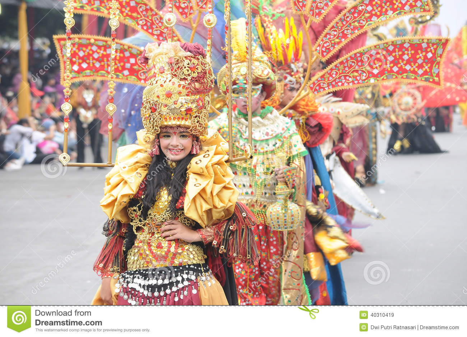 Jember-Mode-Karneval