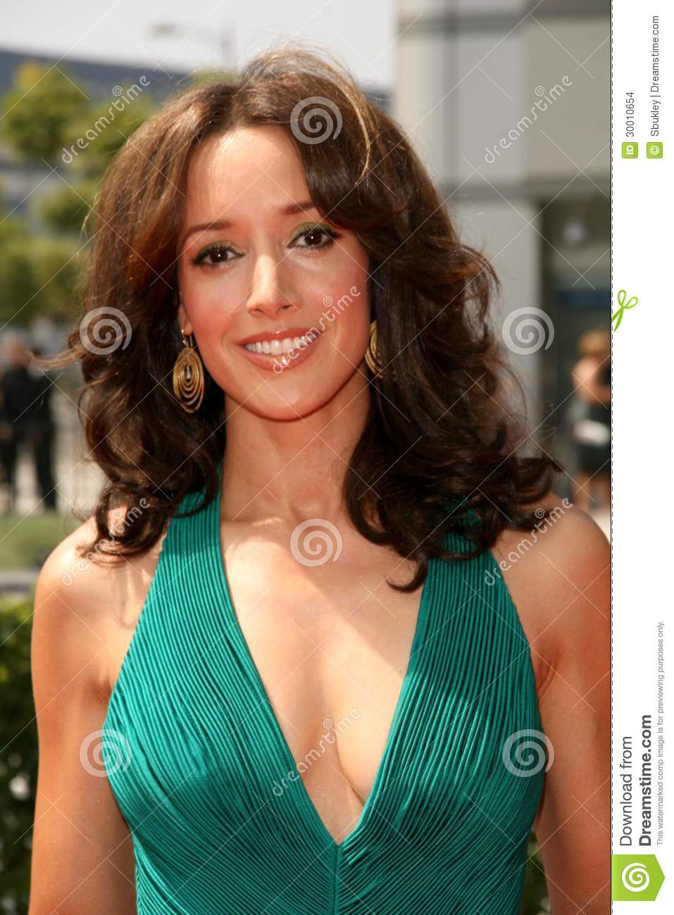 Jennifer Beals Nude Photos 25