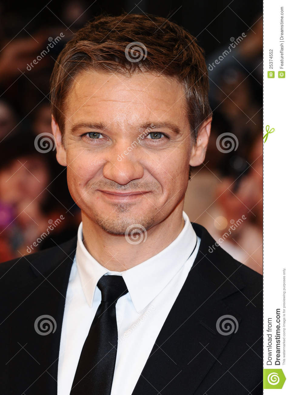 Jeremy Renner Thumb - ...