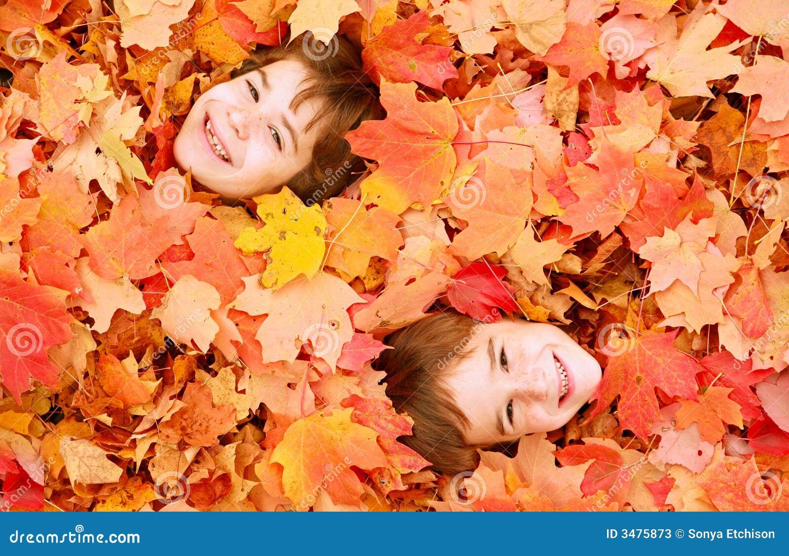 Jesienią twarze