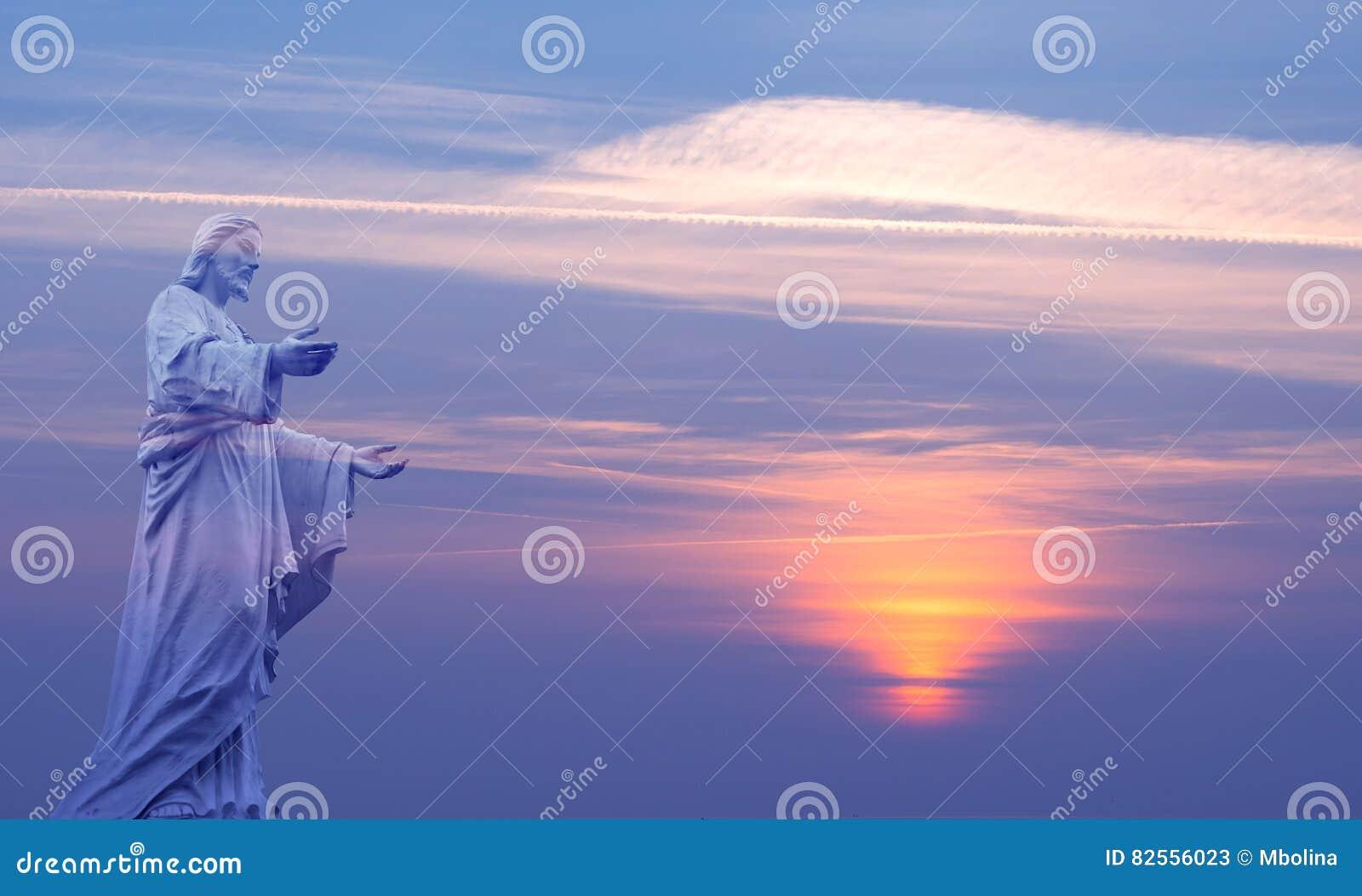 Jesus Christ över härlig himmelbakgrund