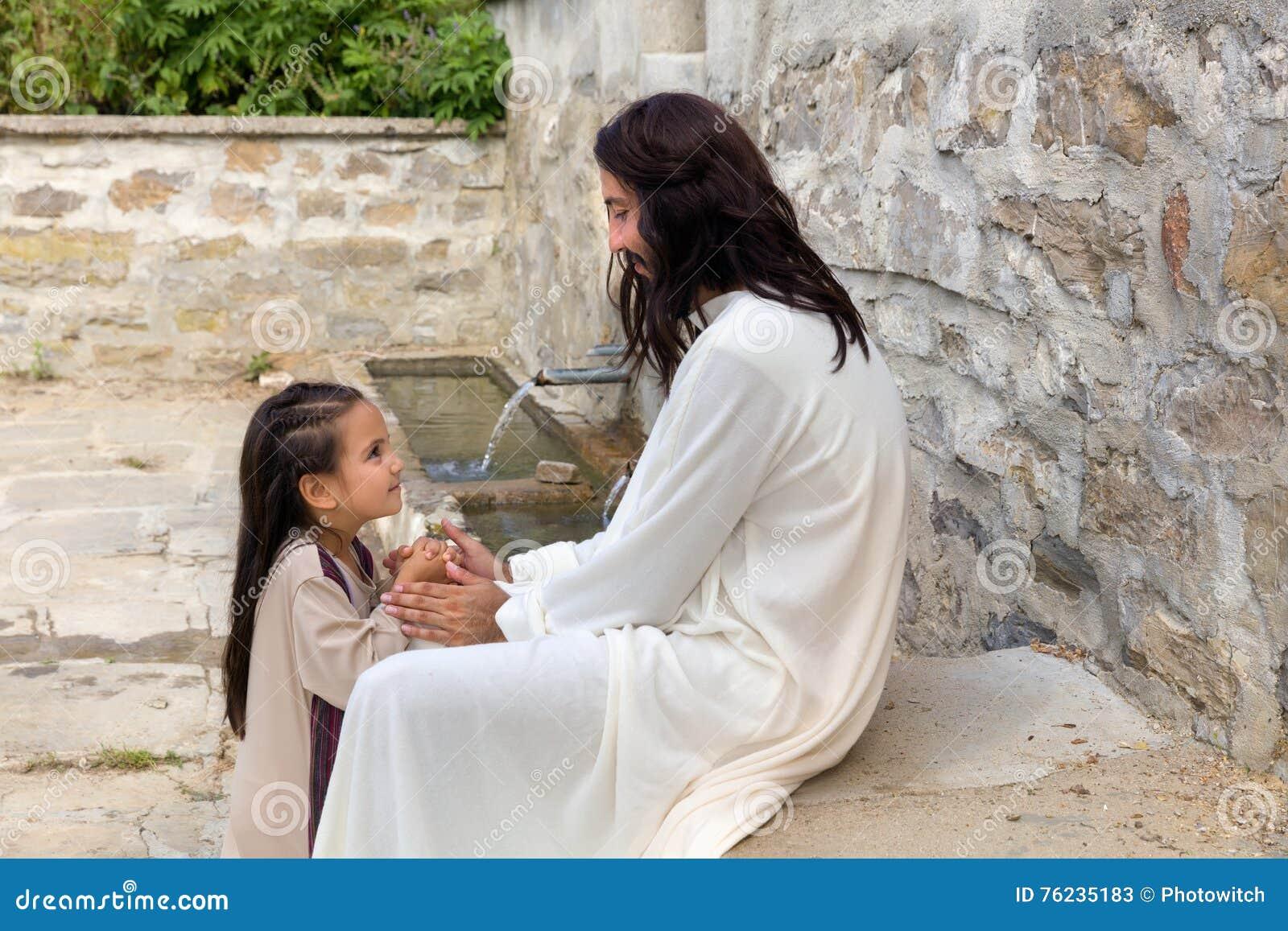 Jesus que reza com uma menina