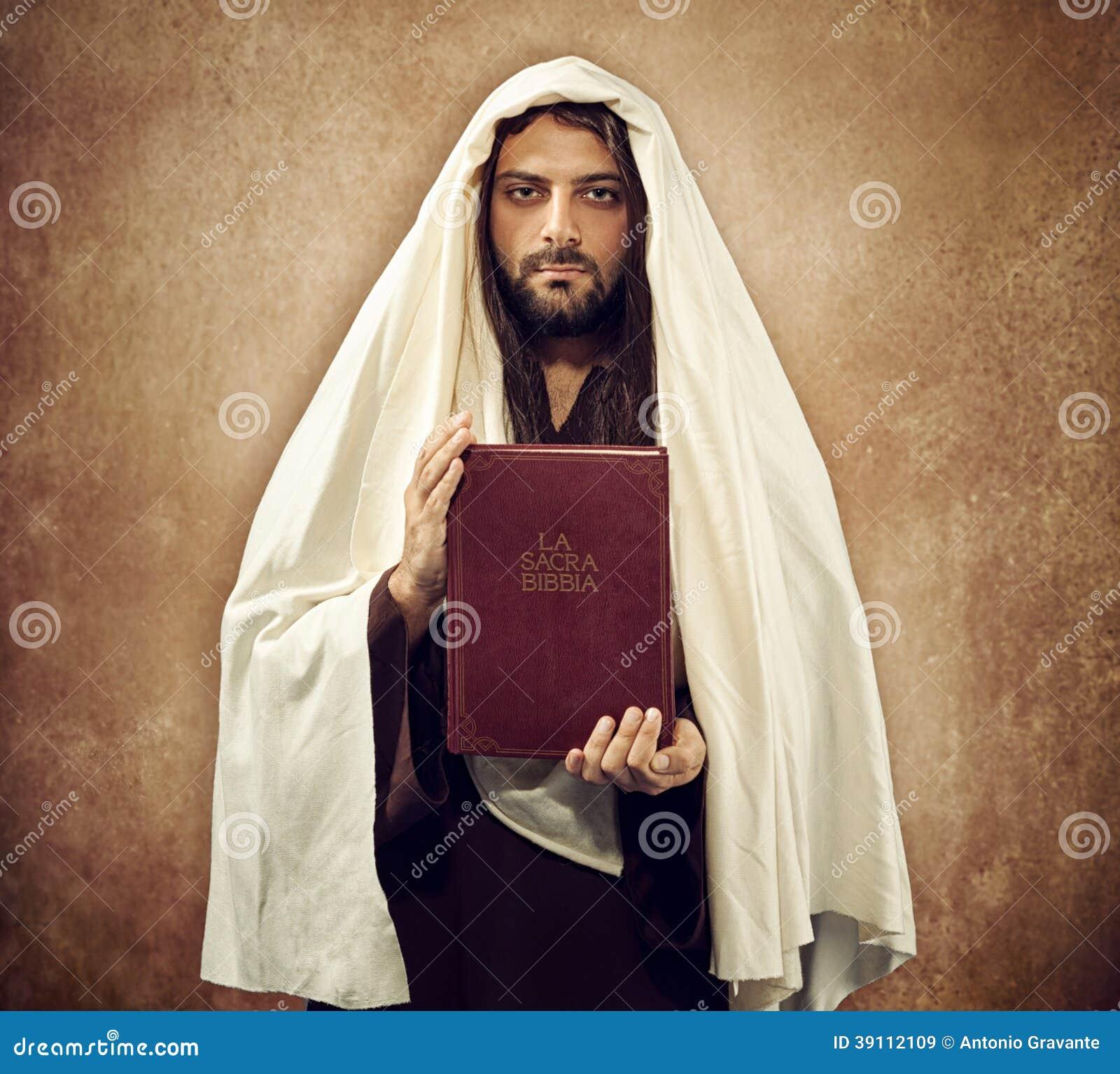 Jesus toont de heilige bijbel
