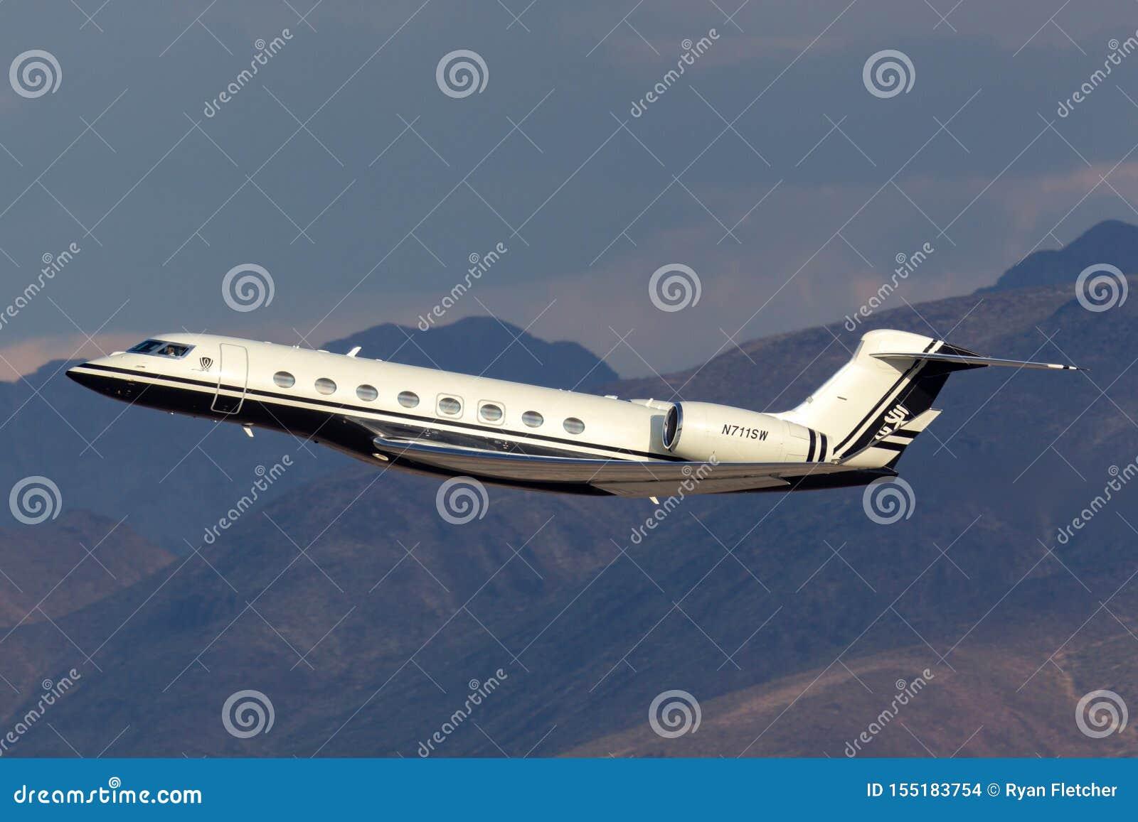 Jet de lujo del negocio de la gama larga de Gulfstream G650 poseído por el aeropuerto internacional de salida Las Vegas de Steve