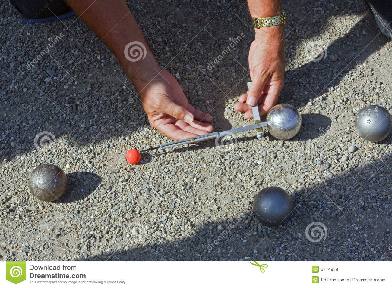 Jeu de boules or petanque royalty free stock photos for Boule deboule le jeu
