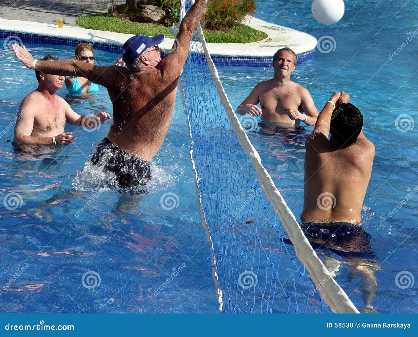 Download Jeu de polo d'eau photo stock. Image du fitness, polo, activité - 58530