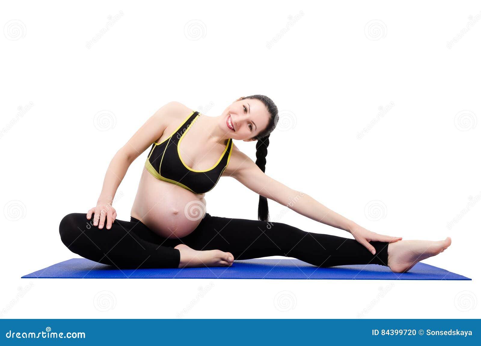 Jeune Belle Femme Enceinte Faisant Des Exercices Photo ...