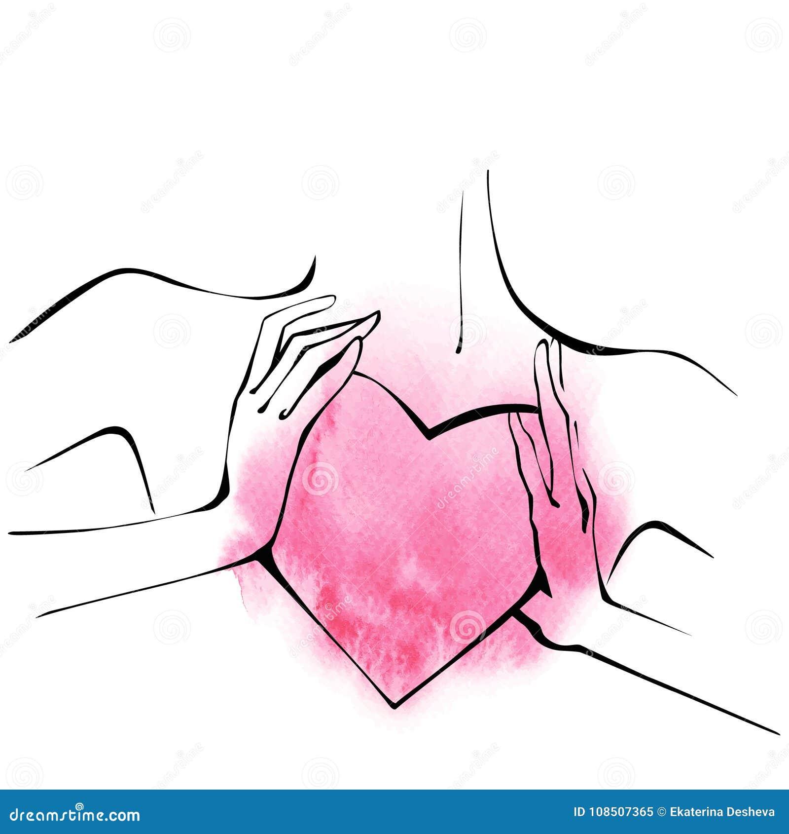Jeune femme élégante avec le grand coeur dans des ses mains