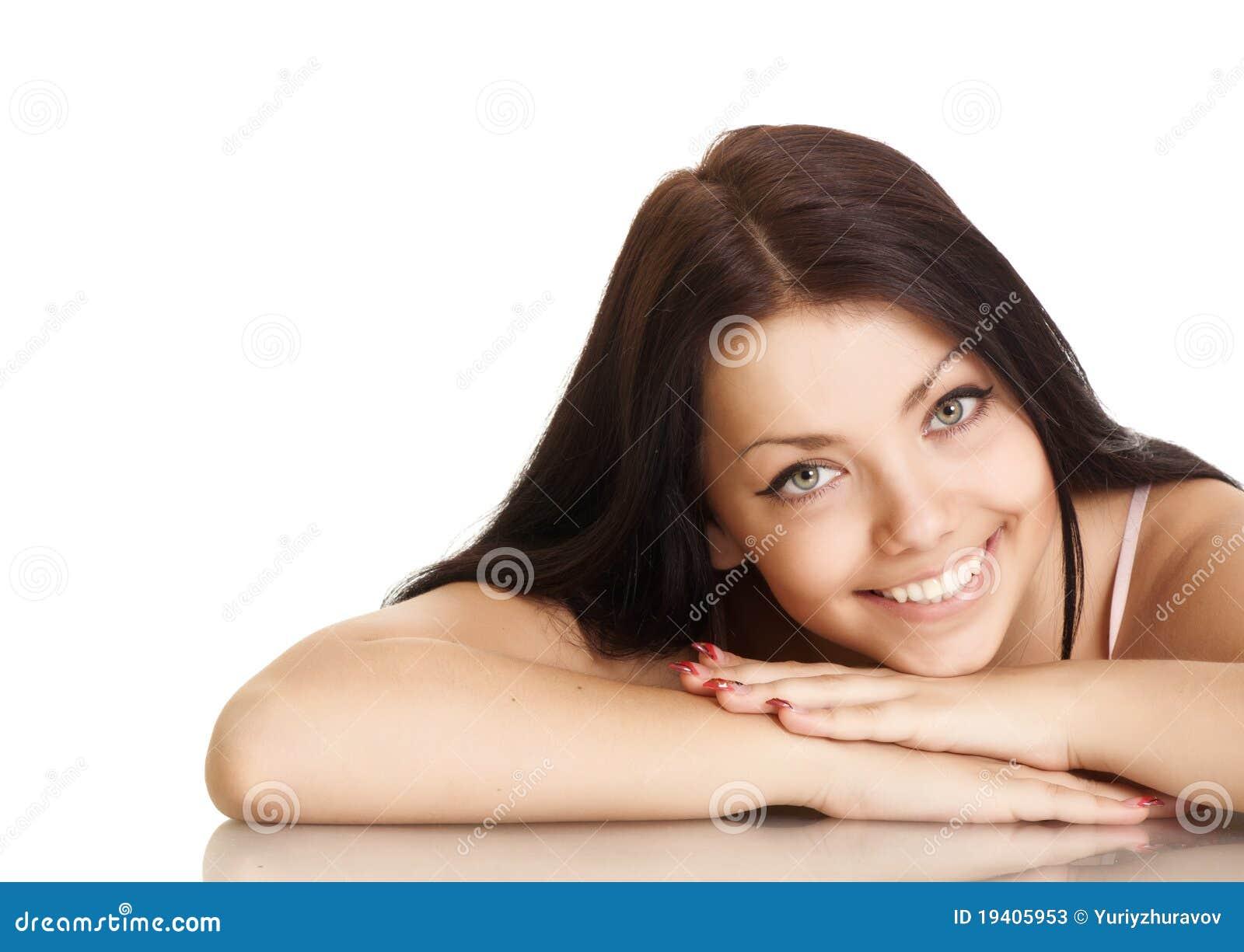 Jeune femme avec le beau sourire