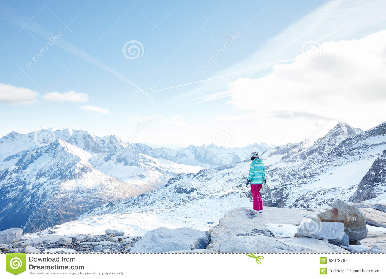Download Jeune Femme Avec Le Snowboard Photo stock - Image du montagnes, curseurs: 63078794